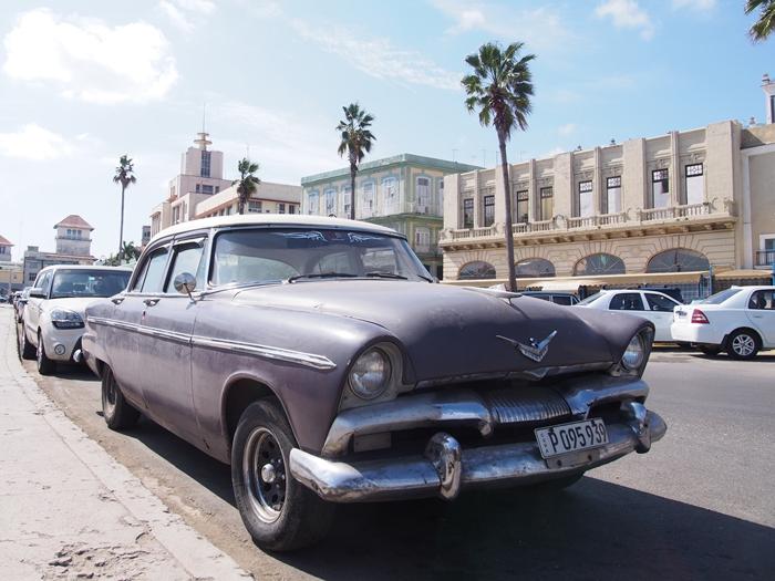 【キューバ03 世界遺産】ヘミングウェイの愛したハバナ。歴史を感じるクラシックカーとコロニアルな町並み~ハバナ観光1~ (30)