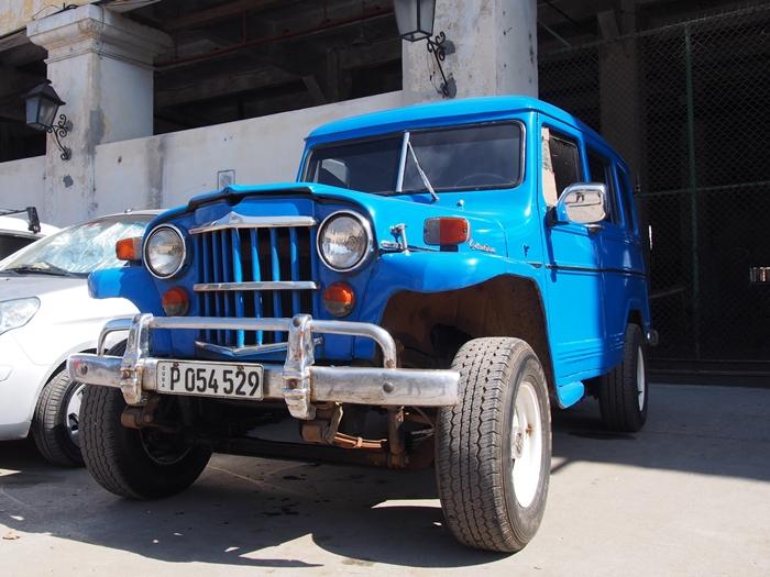 【キューバ03 世界遺産】ヘミングウェイの愛したハバナ。歴史を感じるクラシックカーとコロニアルな町並み~ハバナ観光1~ (33)