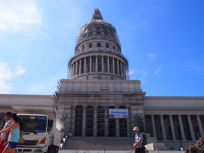 【キューバ04 世界遺産】革命の爪痕残るハバナ。革命広場にはチェ・ゲバラの姿~ハバナ観光2~ (25)