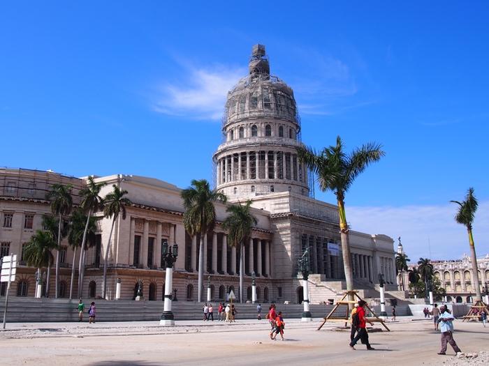 【キューバ04 世界遺産】革命の爪痕残るハバナ。革命広場にはチェ・ゲバラの姿~ハバナ観光2~ (23)