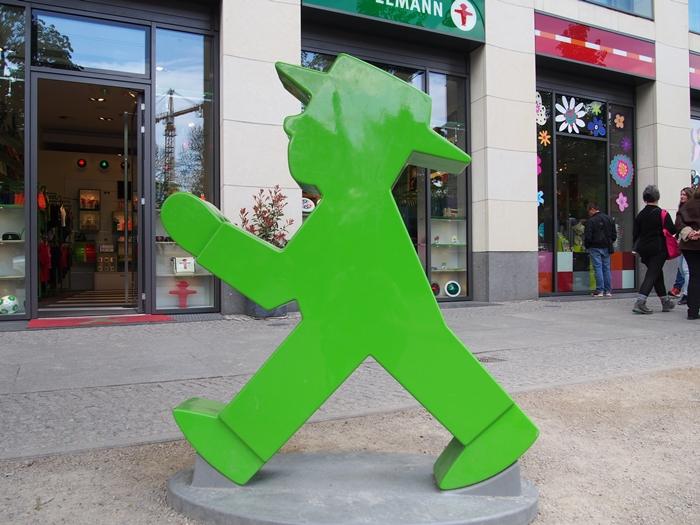 【ドイツ12】ベルリンのお土産情報~アンペルマンショップで買い物♪ (4)