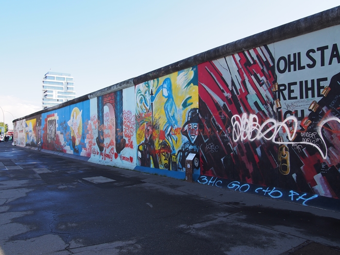 【ドイツ09】冷戦の跡・ベルリンの壁と、個性的なアンペルマン登場!ベルリン観光1 (14)