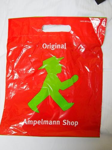 【ドイツ12】ベルリンのお土産情報~アンペルマンショップで買い物♪ (1)