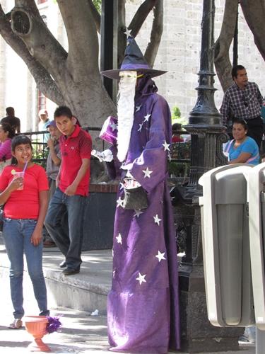 【メキシコ14】迫力満点!オロスコ壁画と、少し日本の香りのする町グアダラハラ観光 (4)