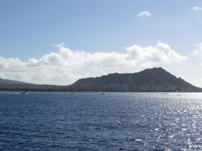【ハワイ05】オアフでホエールウオッチング・ツアーに参加!ちゃんとクジラが見れました♪ (3)