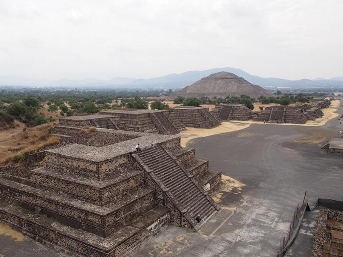 【メキシコ08】世界で三番目?!テオティワカン・太陽のピラミッド (26)