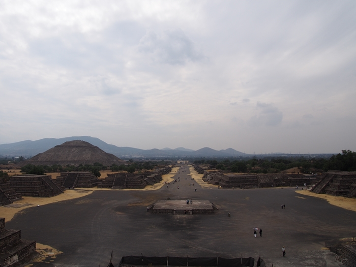 【メキシコ08】世界で三番目?!テオティワカン・太陽のピラミッド (24)
