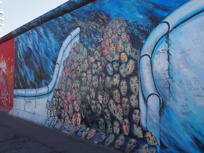 【ドイツ09】冷戦の跡・ベルリンの壁と、個性的なアンペルマン登場!ベルリン観光1 (18)