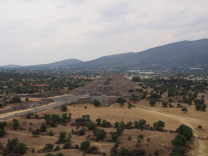【メキシコ08】世界で三番目?!テオティワカン・太陽のピラミッド (43)