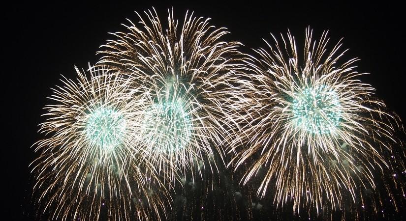 【ハワイ03】ワイキキからお届け~毎週末のヒルトン花火と、年に一度の長岡花火!
