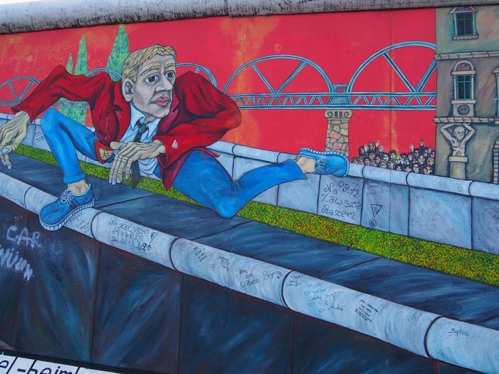 【ドイツ09】冷戦の跡・ベルリンの壁と、個性的なアンペルマン登場!ベルリン観光1 (1)