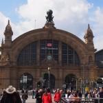 【ドイツ06】フランクフルト一日観光~ユーロタワー、鉄の橋、ゲーテハウスをささっと回る!