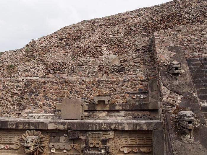 【メキシコ08】世界で三番目?!テオティワカン・太陽のピラミッド (51)