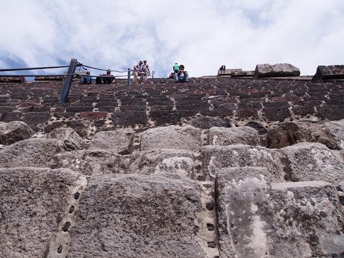 【メキシコ08】世界で三番目?!テオティワカン・太陽のピラミッド (23)