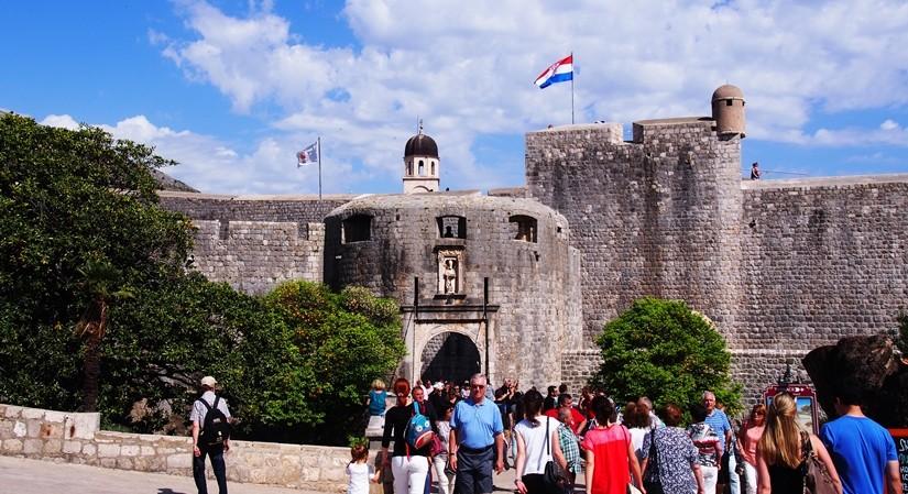 【クロアチア05】アドリア海の真珠!世界遺産の城塞都市ドゥブロヴニク観光Part1
