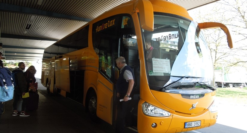 【チェコ01】ベルリンドイツからプラハチェコへのバス移動情報