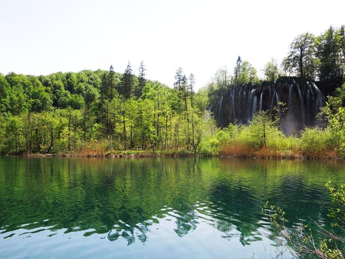 【クロアチア03】青と緑の美しいコントラスト。。世界遺産プリトヴィッツェ湖群国立公園 (4)