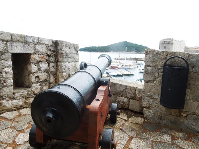 【クロアチア05】アドリア海の真珠!世界遺産の城塞都市ドゥブロヴニク観光Part1 (22)
