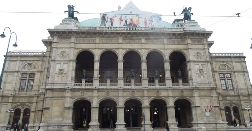【オーストリア03】「ウィーン国立歌劇場」「Phantasten museum Wien」でオペラ鑑賞!