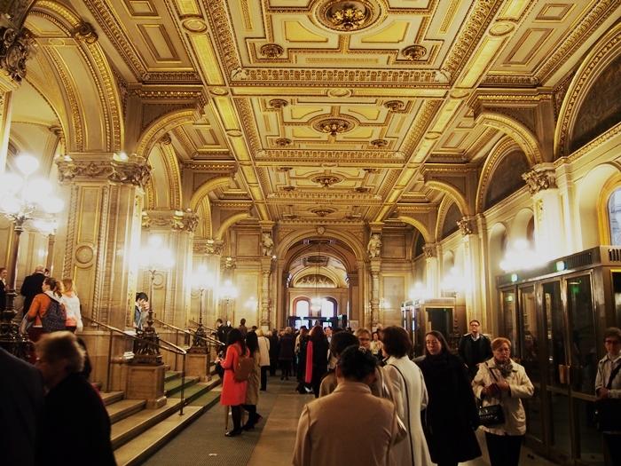 【オーストリア03】「ウィーン国立歌劇場」「Phantastenmuseum Wien」でオペラ鑑賞! (19)