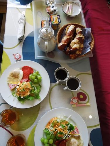 【チェコ03】予算オーバー…なものの、とっても快適なプラハの日本人宿「桐淵」♪ (4)