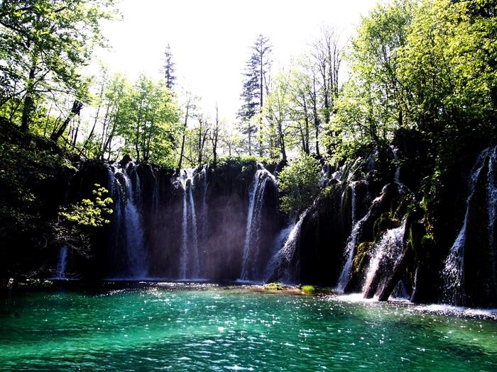 【クロアチア03】青と緑の美しいコントラスト。。世界遺産プリトヴィッツェ湖群国立公園 (22)