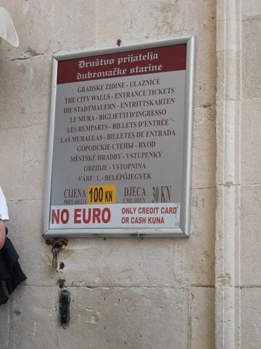 【クロアチア05】アドリア海の真珠!世界遺産の城塞都市ドゥブロヴニク観光Part1 (8)