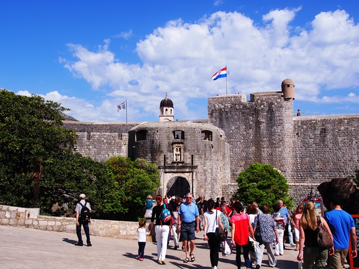 【クロアチア05】アドリア海の真珠!世界遺産の城塞都市ドゥブロヴニク観光Part1 (24)