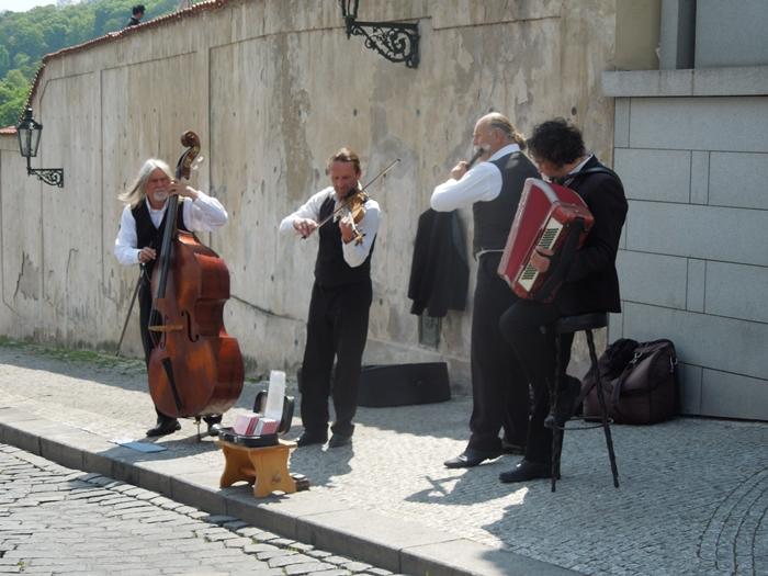 【チェコ02】中世ヨーロッパの雰囲気を色濃く残す世界遺産都市プラハの町歩き (15)
