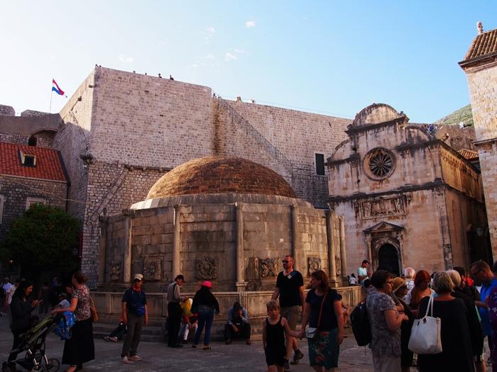 【クロアチア05】アドリア海の真珠!世界遺産の城塞都市ドゥブロヴニク観光Part1 (41)