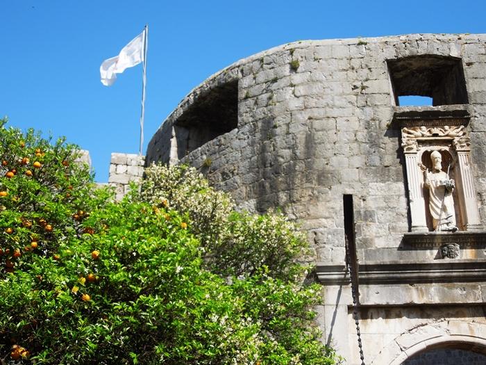 【クロアチア05】アドリア海の真珠!世界遺産の城塞都市ドゥブロヴニク観光Part1 (3)