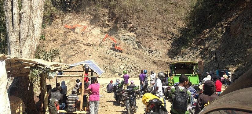 【インドネシア09 移動情報】モニ村からラブハンバジョ