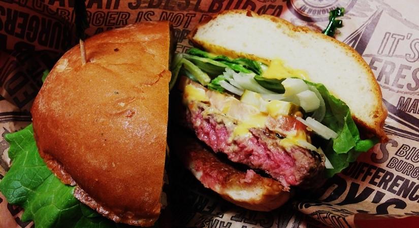 【ハワイ13】絶品!ハワイアンバーガー オススメは「Teddy's Biger Burger」